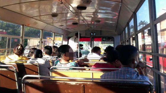 Personnes âgées voyageant en autobus : attrape-moi si tu peux !