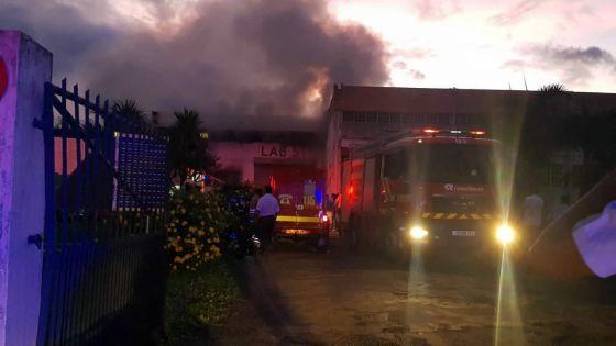 À Pailles : second incendie à Lab51