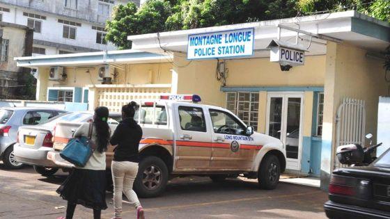Accusé de violence domestique, il malmène un policier, déchire son uniforme et tente de se sauver