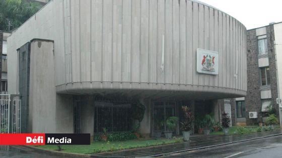 Assemblée nationale : les travaux reprennent à 15 h