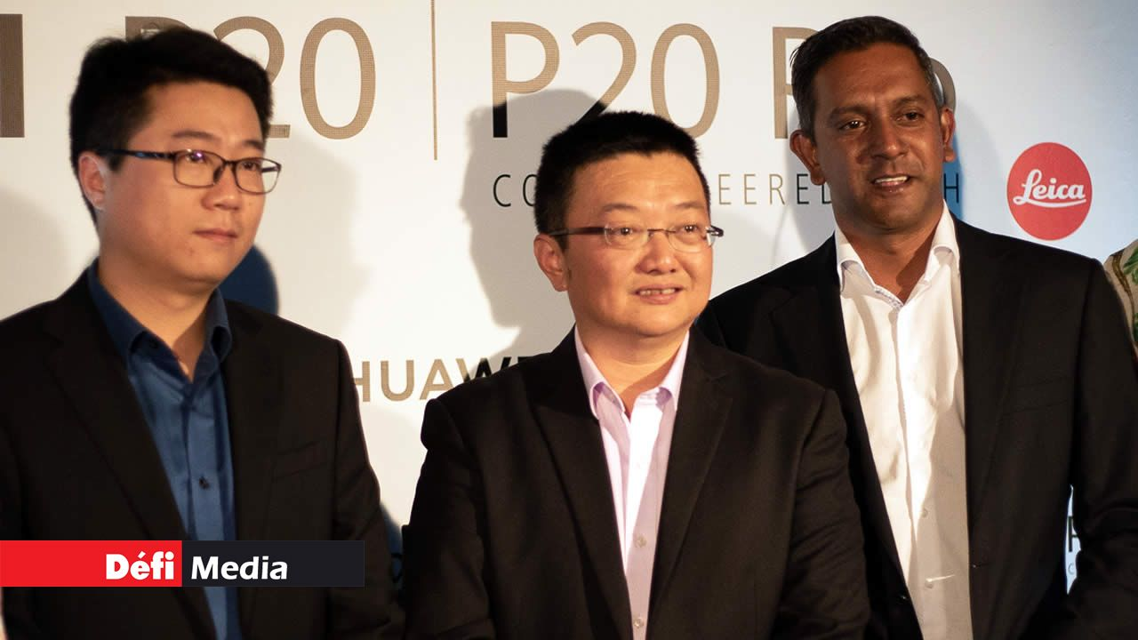 Ian Liyang, Zhao Likun et Harvin Appadoo.