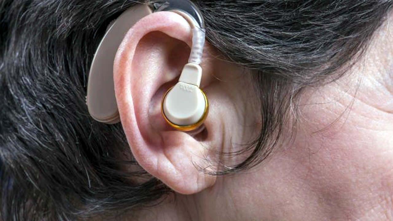 sourde d'oreille